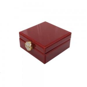 Caixa Decorativa em Madeira Revestida em Vidro Efeito Mármore Vermelha c/ Fecho em Pedra A7,5xC16,5x