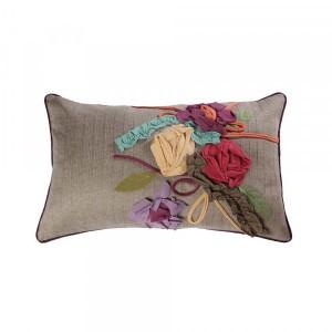 Capa de Almofada em Algodão Retangular com Aplique de Flores em Tecido A30xL50 cm