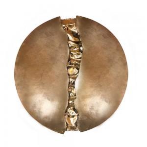 Mandala Decorativa p/ Parede em Metal Cinza c/ Detalhe Central Dourado D58xE5 cm