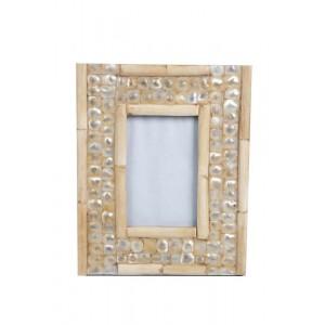 Porta Retrato com Moldura em Madrepérola e Osso A26xL21 cm